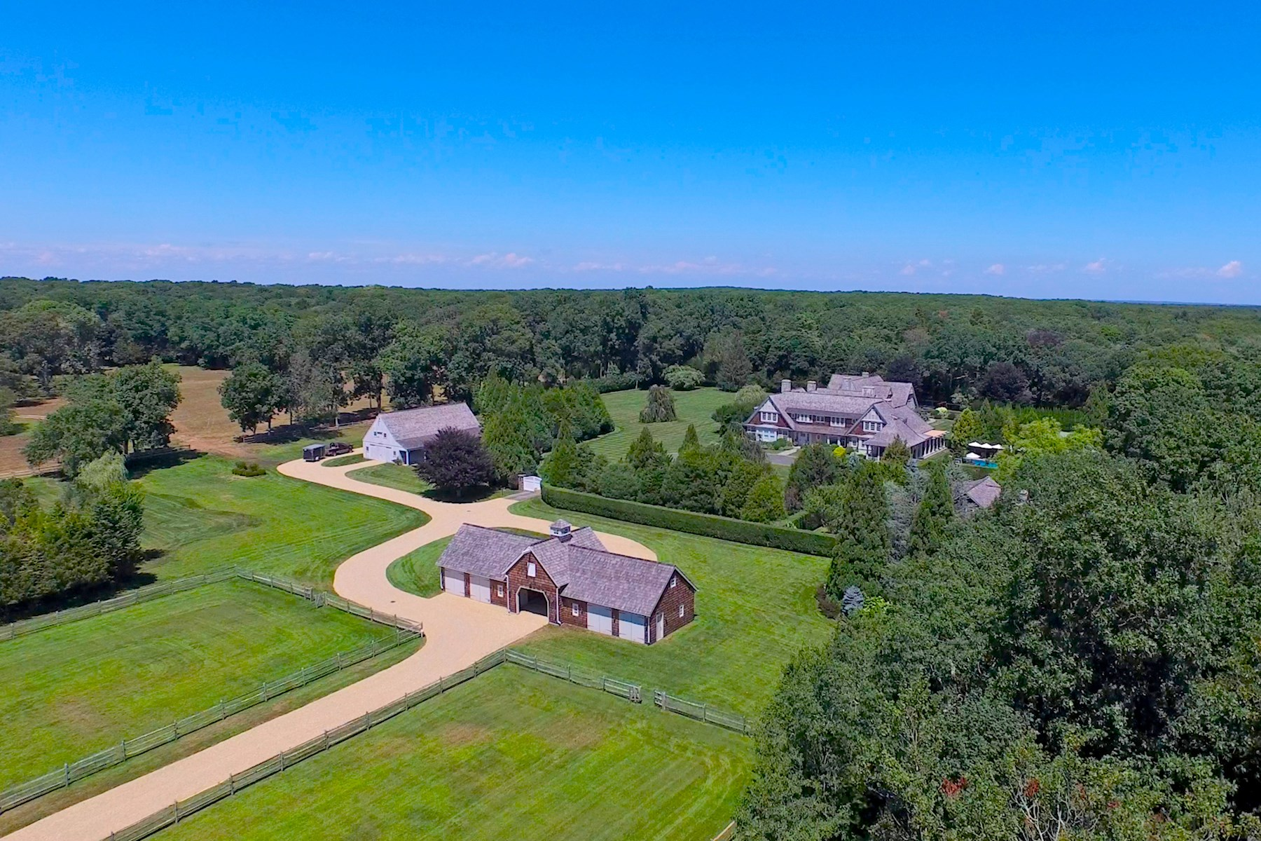 Land for Sale at Unprecedented East Hampton Compound. East Hampton, New York 11932 United States