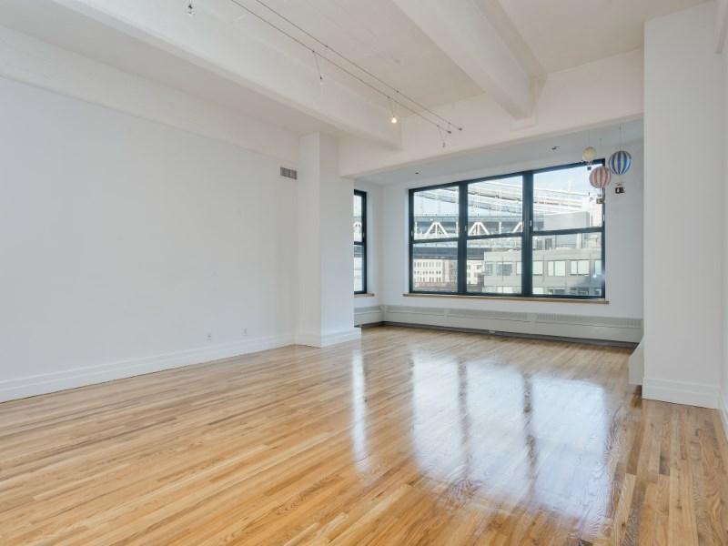 콘도미니엄 용 매매 에 Huge River View Loft 1 Main Street Apt 7e Dumbo, Brooklyn, 뉴욕 11201 미국