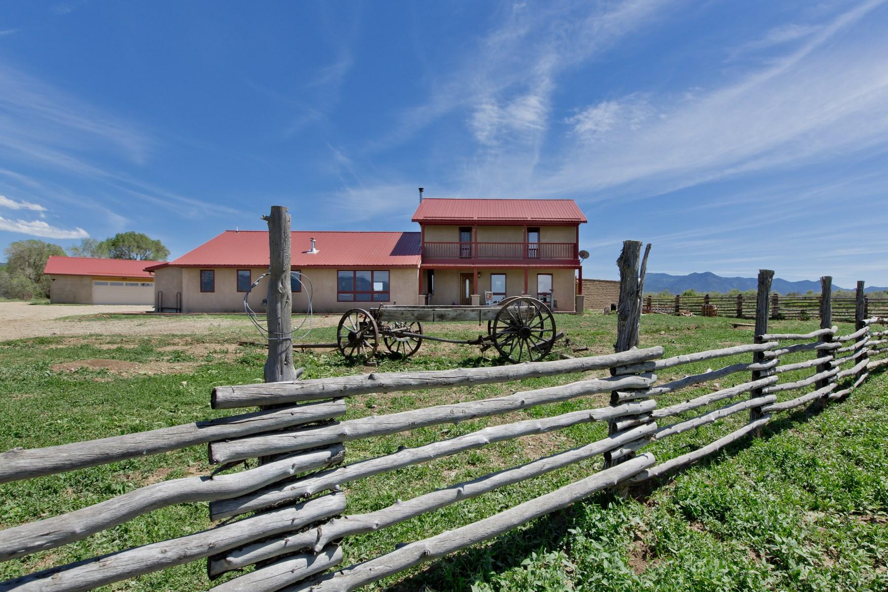土地 为 销售 在 916 Camino Del Medio Taos, 新墨西哥州 87571 美国