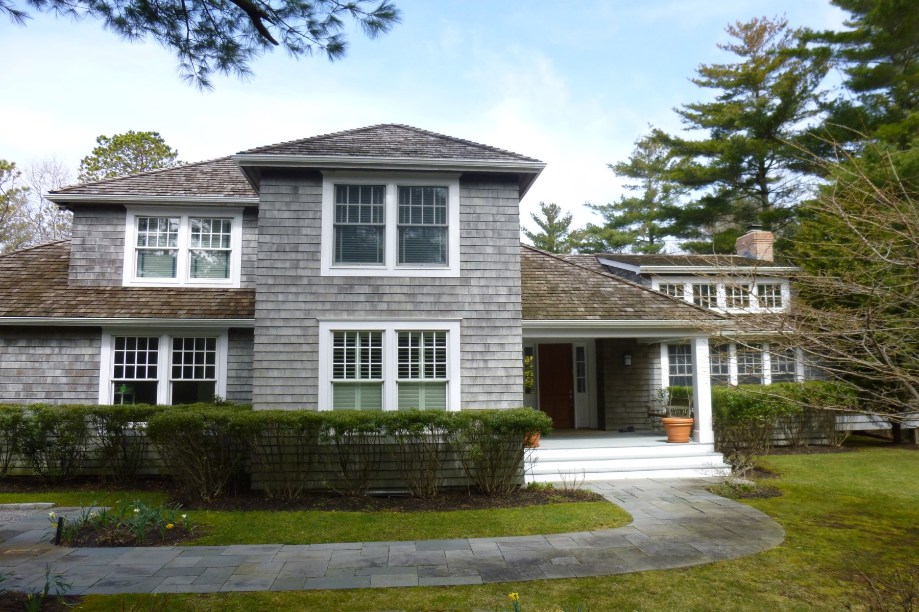 Property Of Close to East Hampton Village