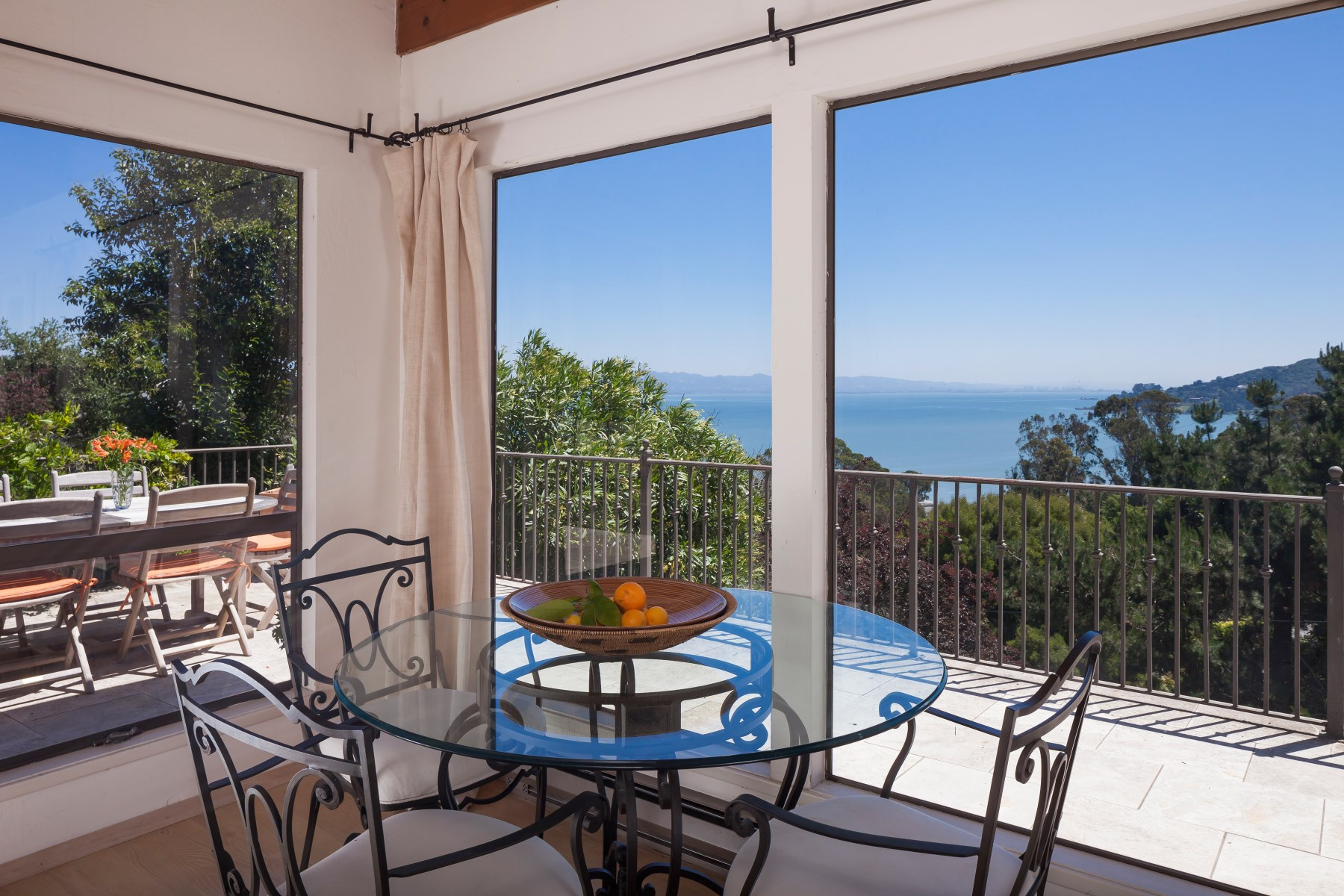 Single Family Home for Sale at Spectacular Bay Views 4625 Paradise Dr Tiburon, California 94920 United States