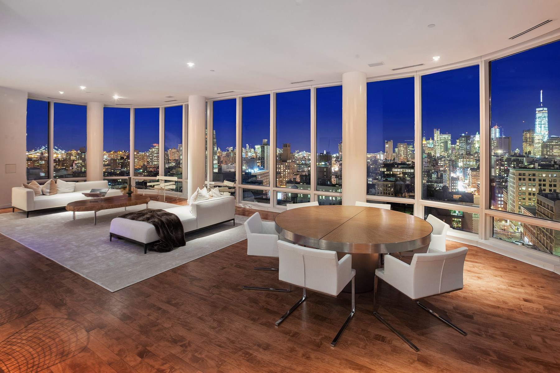 Nhà tập thể vì Bán tại NoHo Showstopper Penthouse 445 Lafayette St 17ph New York, New York 10003 Hoa Kỳ