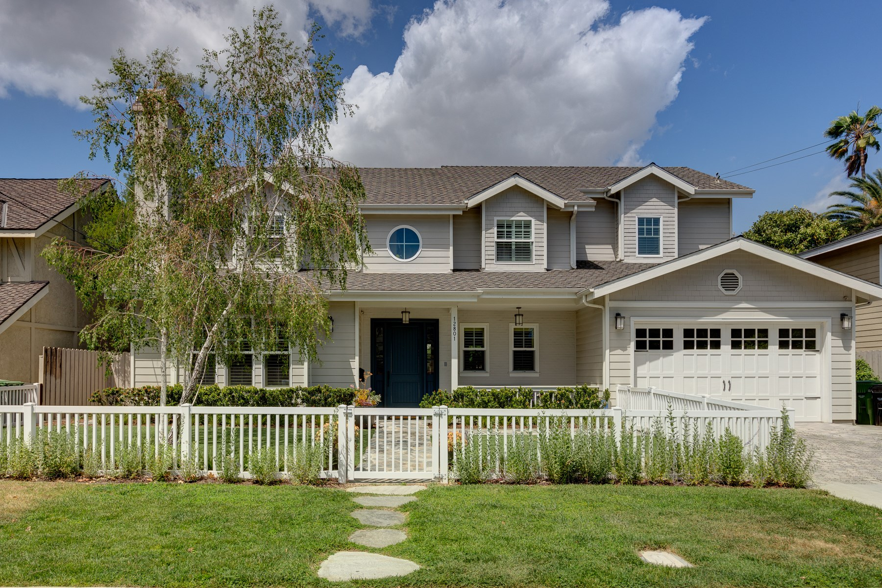 Single Family Home for Sale at 12801 Milbank Street Studio City, California, 91604 United States