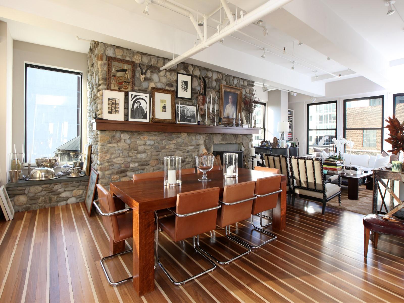独户住宅 为 销售 在 Gotham Glamour 315 West 36th Street Apt 17a New York, 纽约州 10018 美国