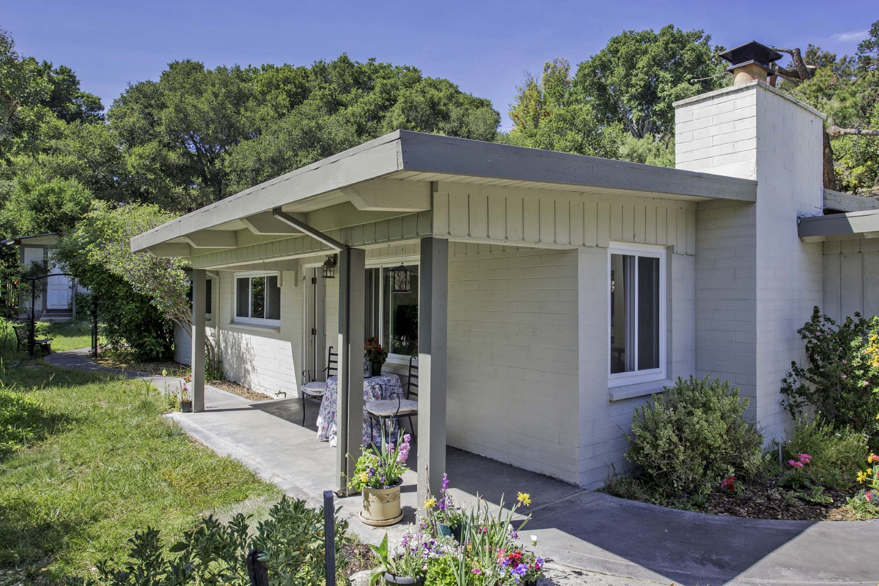 Single Family Home for Sale at Beautiful Carmel Valley Country Living 22 Valle Vista Carmel Valley, California, 93924 United States