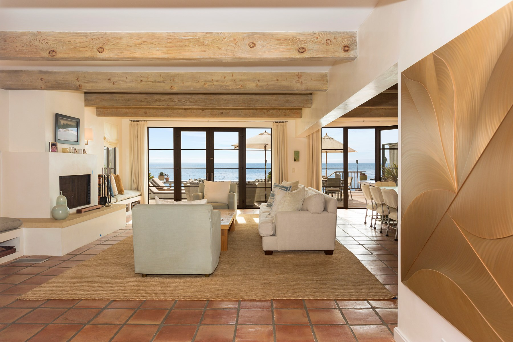 Property Of Stunning & elegant on La Costa Beach