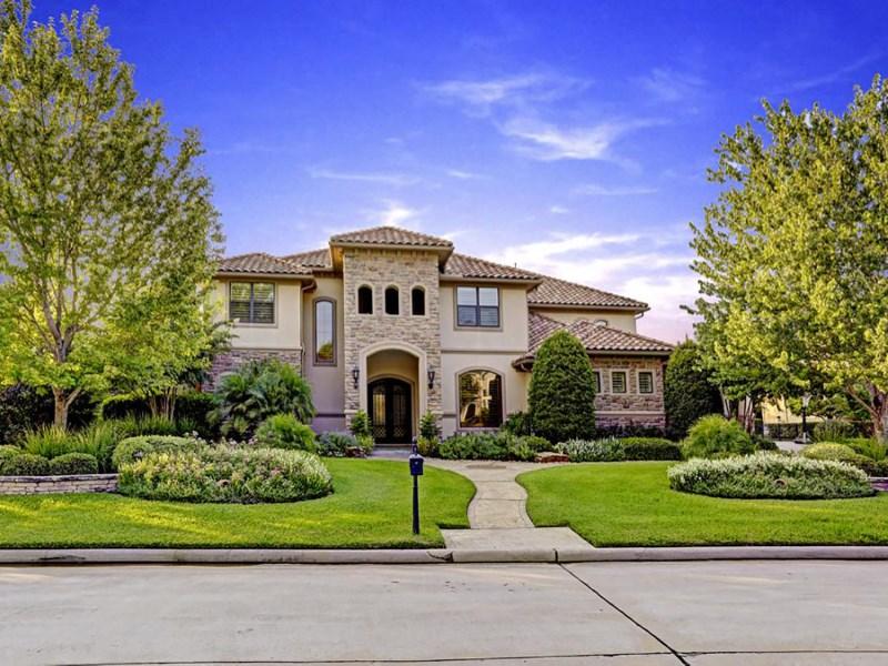 Casa Unifamiliar por un Venta en 110 Lake Sterling Gate Spring, Texas 77379 Estados Unidos
