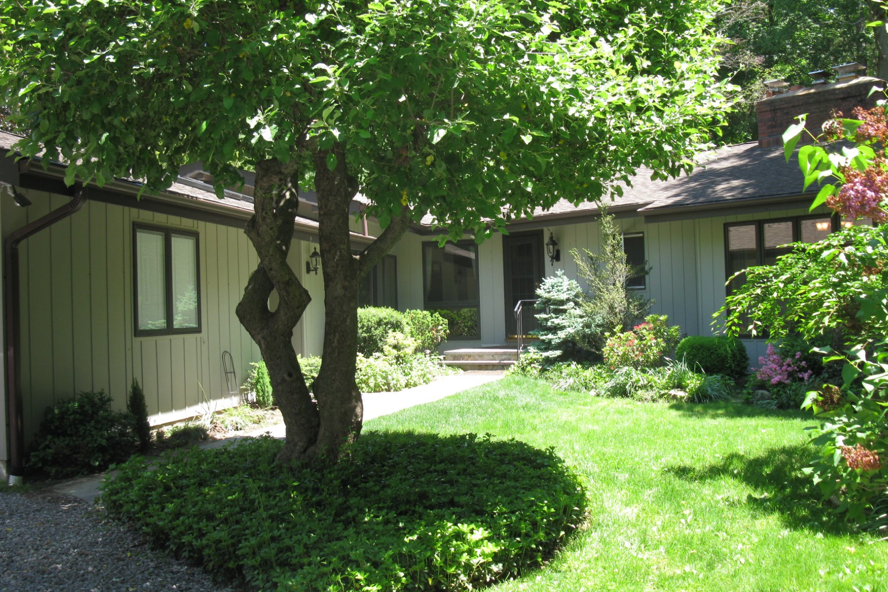 Property For Sale at Mid-Country Rental