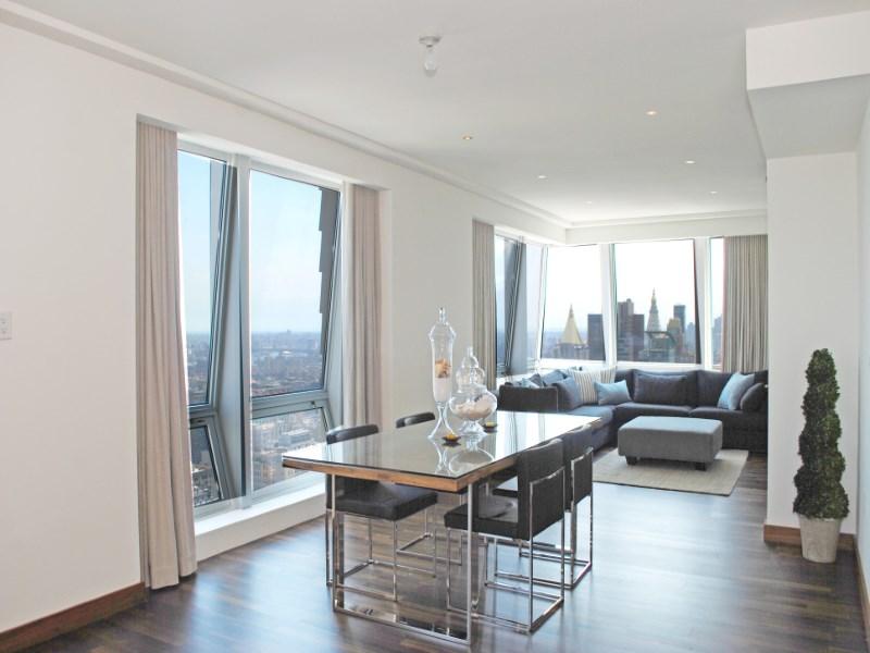 Condominio por un Venta en 400 Fifth Avenue, 52AB 400 Fifth Avenue Apt 52ab New York, Nueva York 10018 Estados Unidos
