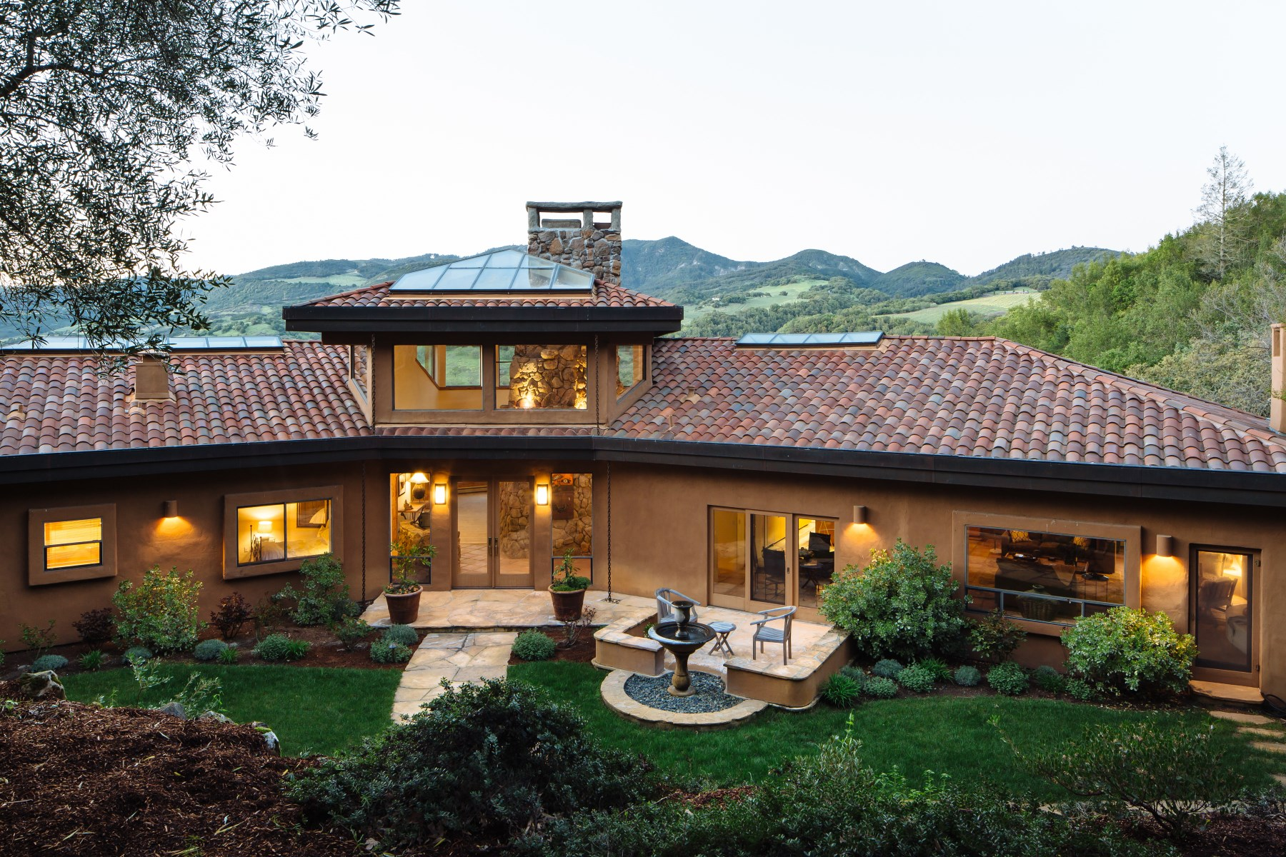 Single Family Home for Sale at Wine Country Retreat Sonoma, California, 95476 United States
