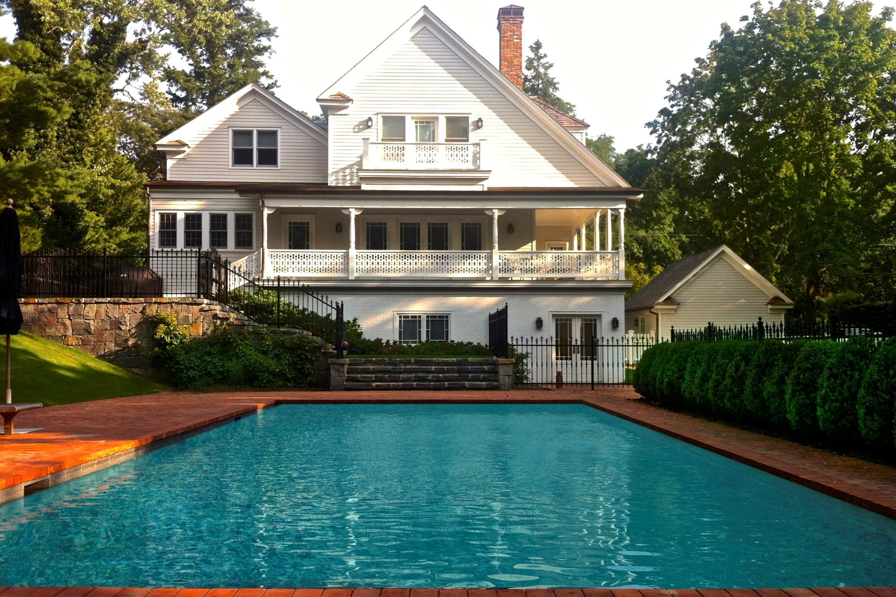 Single Family Home for Sale at Sag Harbor Historic District Jewel 71 Jermain Avenue Sag Harbor Village, Sag Harbor, New York, 11963 United States