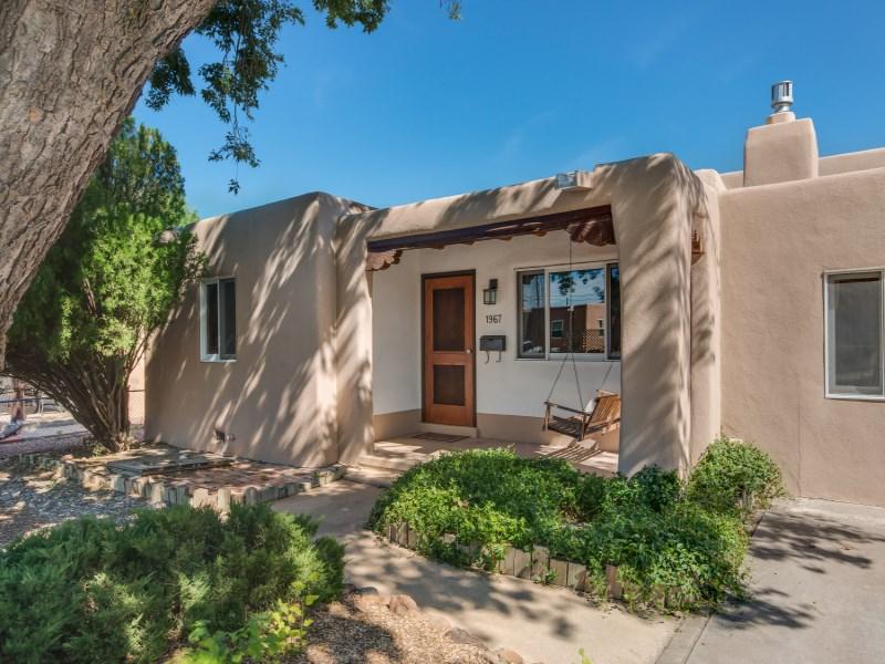 Single Family Home for Sale at 1967 Hopi Road Santa Fe City Southwest, Santa Fe, New Mexico 87505 United States