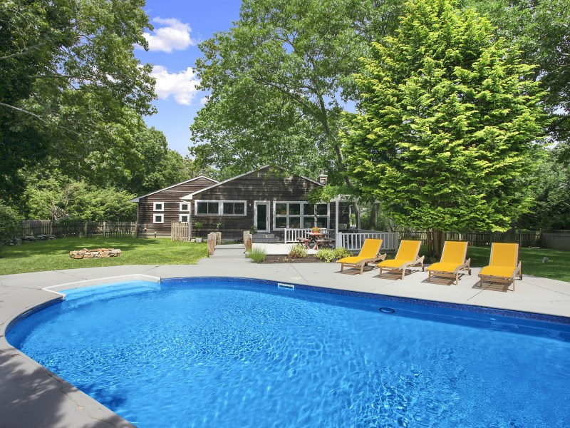 Property Of Sleek & Stylish in Sag Harbor