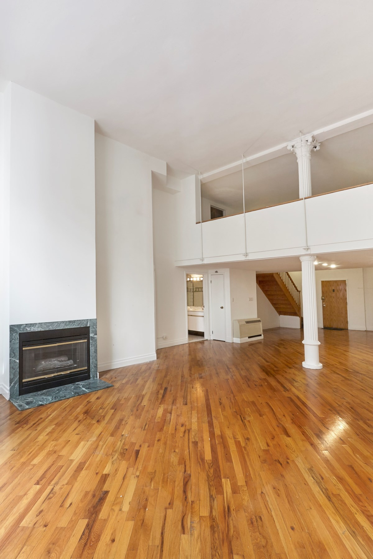 Кооперативная квартира для того Продажа на 121 West 20th Street, Apt 2C 121 West 20th Street Apt 2C Chelsea, New York, Нью-Йорк, 10011 Соединенные Штаты