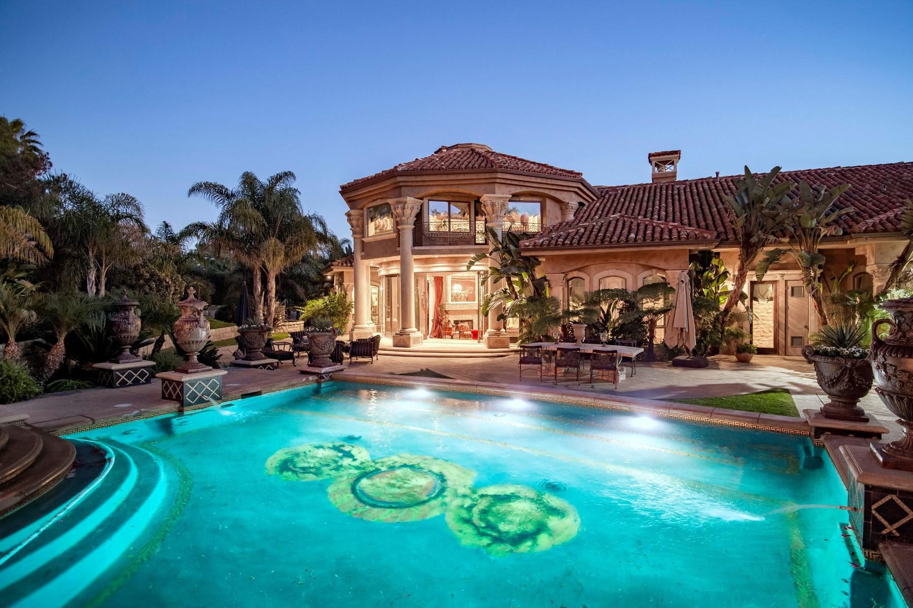 Casa para uma família para Venda às Tuscan Masterpiece 1860 Via Aracena Camarillo, Califórnia, 93010 Estados Unidos