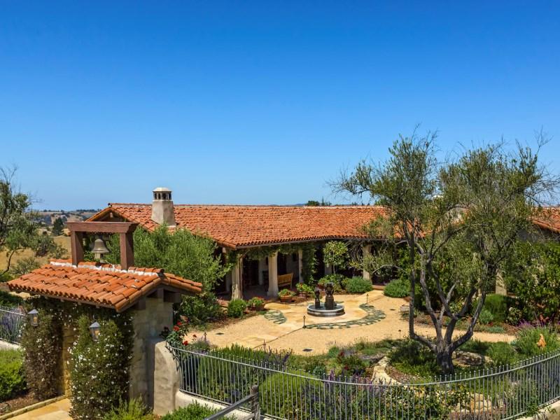 农场 / 牧场 / 种植园 为 销售 在 Santa Ynez Rancho 3170 Avenida Caballo Santa Ynez, 加利福尼亚州 93460 美国