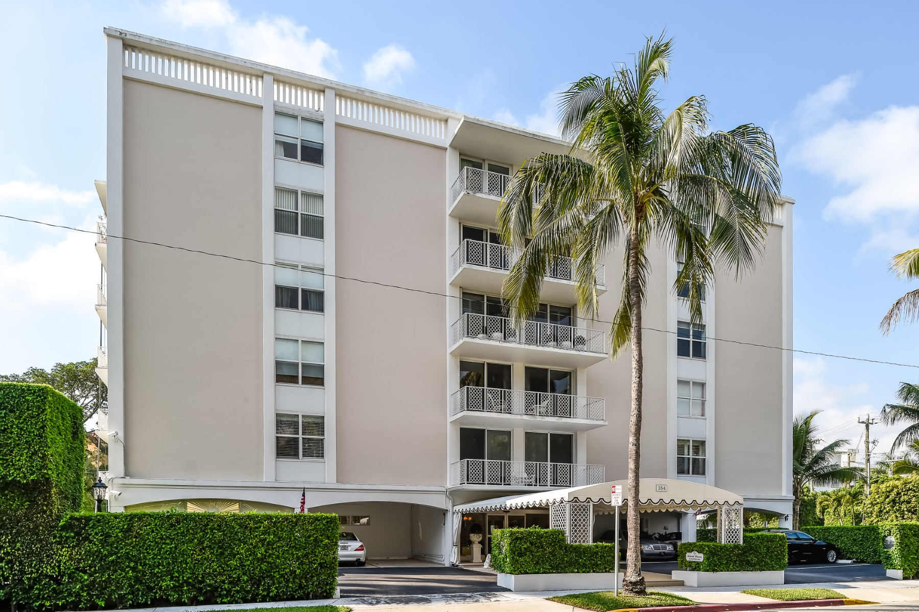 Condominium for Sale at Island House Lease 354 Chilean Ave Apt 2D Palm Beach, Florida, 33480 United States