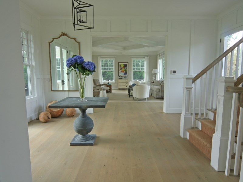 Additional photo for property listing at Perfection on South Amagansett Lanes  Amagansett, New York 11930 United States