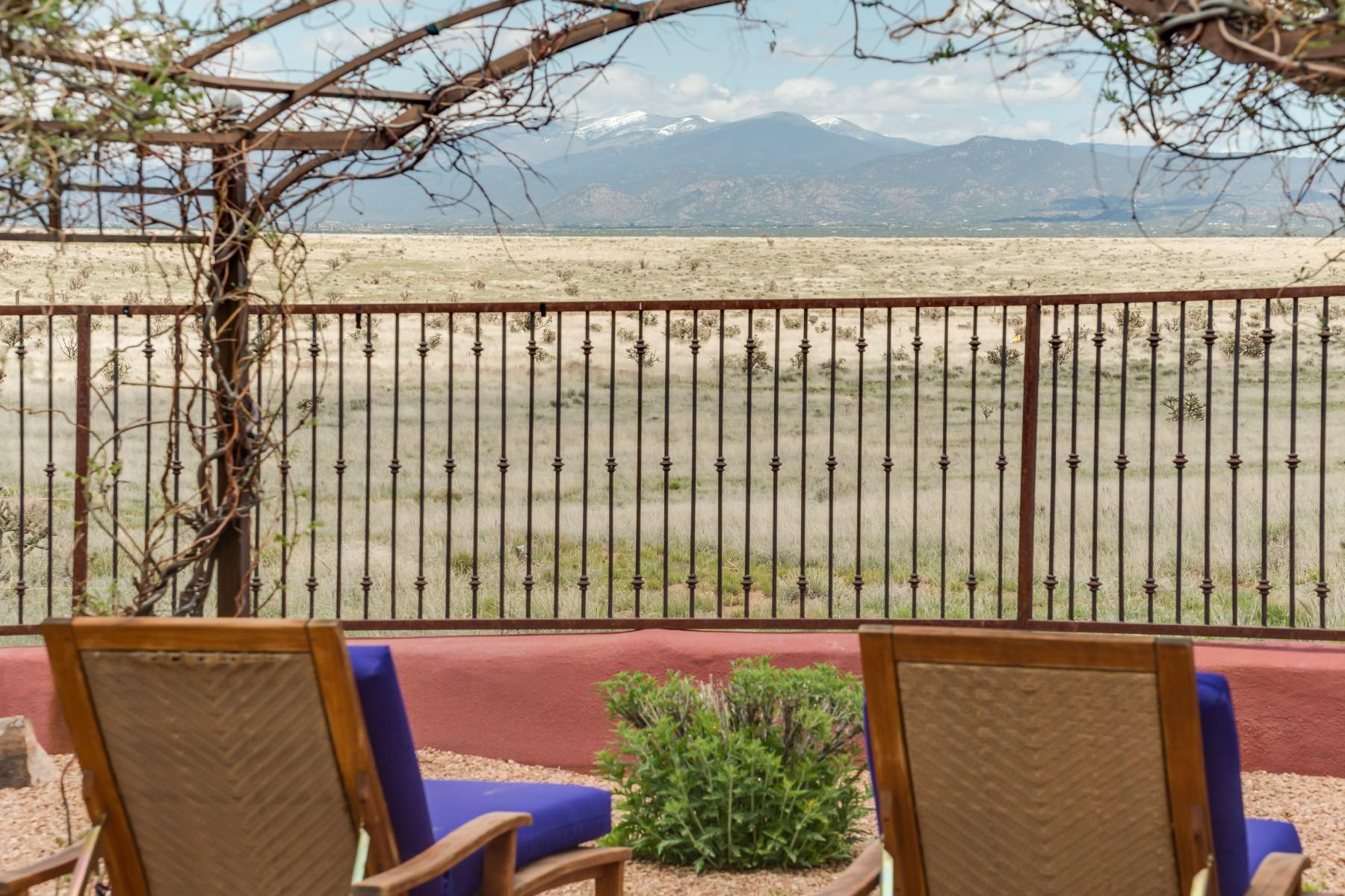 Villa per Vendita alle ore 149 San Marcos Loop Santa Fe, Nuovo Messico 87508 Stati Uniti