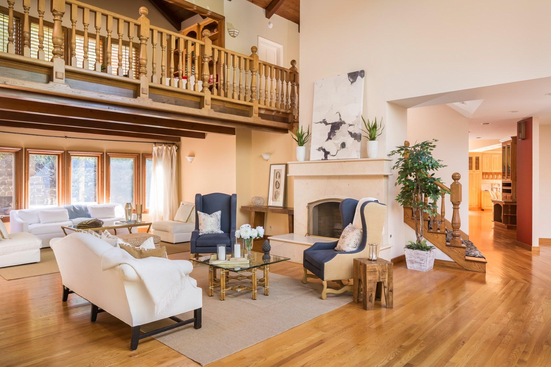 一戸建て のために 売買 アット Gracious Verissimo Valle Estate 75 Verissimo Dr Novato, カリフォルニア, 94947 アメリカ合衆国