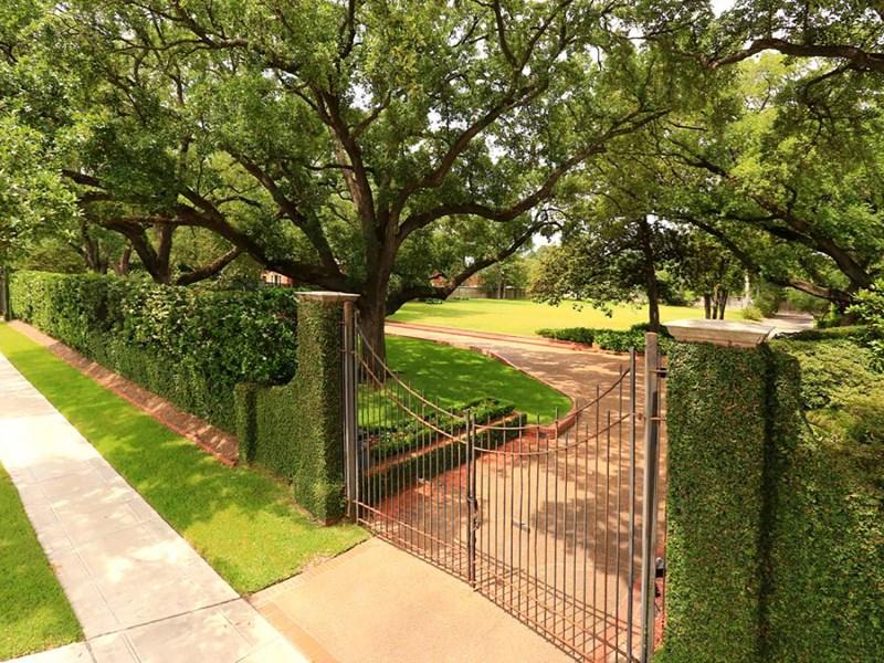 Land for Sale at 2004 River Oaks Boulevard 2004 River Oaks Blvd Houston, Texas 77019 United States