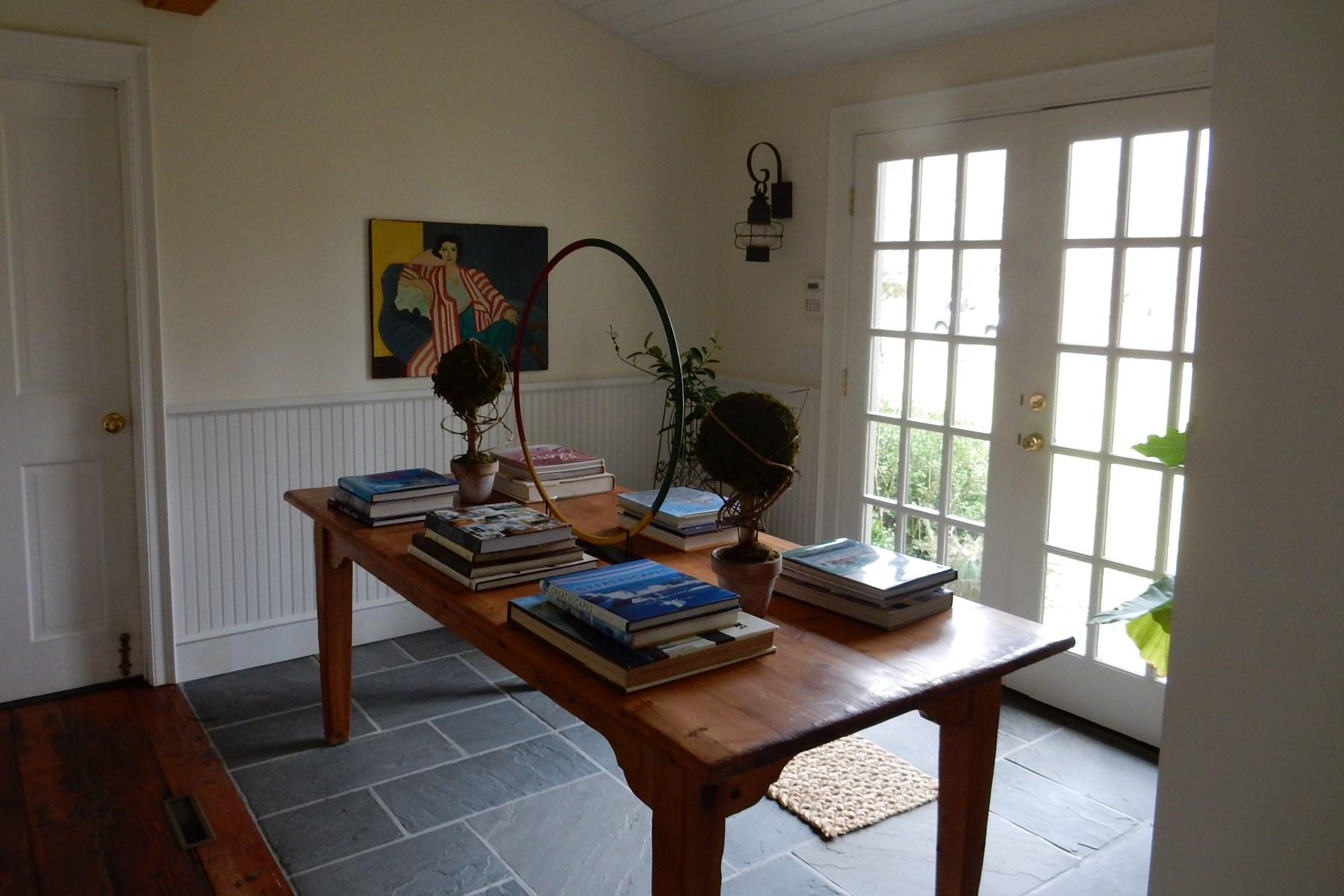 Property Of Bridgehampton Charmer