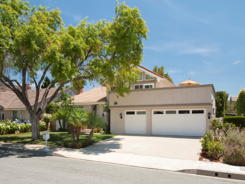 Single Family Home for Sale at 3261SawtoothCt.com 3261 Sawtooth Westlake Village, California 91362 United States