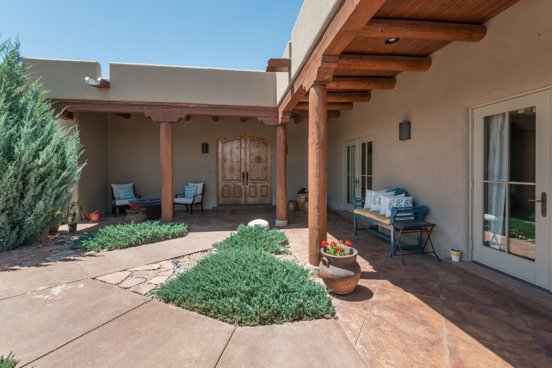 단독 가정 주택 용 매매 에 15 Calle de Montanas Santa Fe City Northwest, Santa Fe, 뉴멕시코, 87507 미국