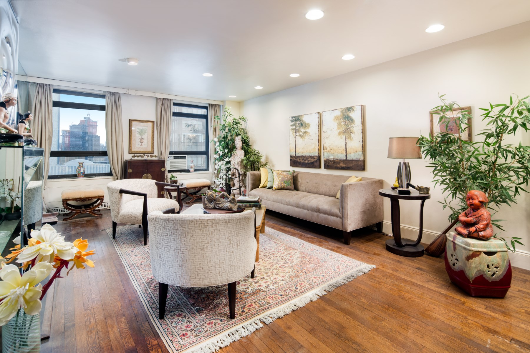 sales property at 2 Beekman Place, Apt 14E