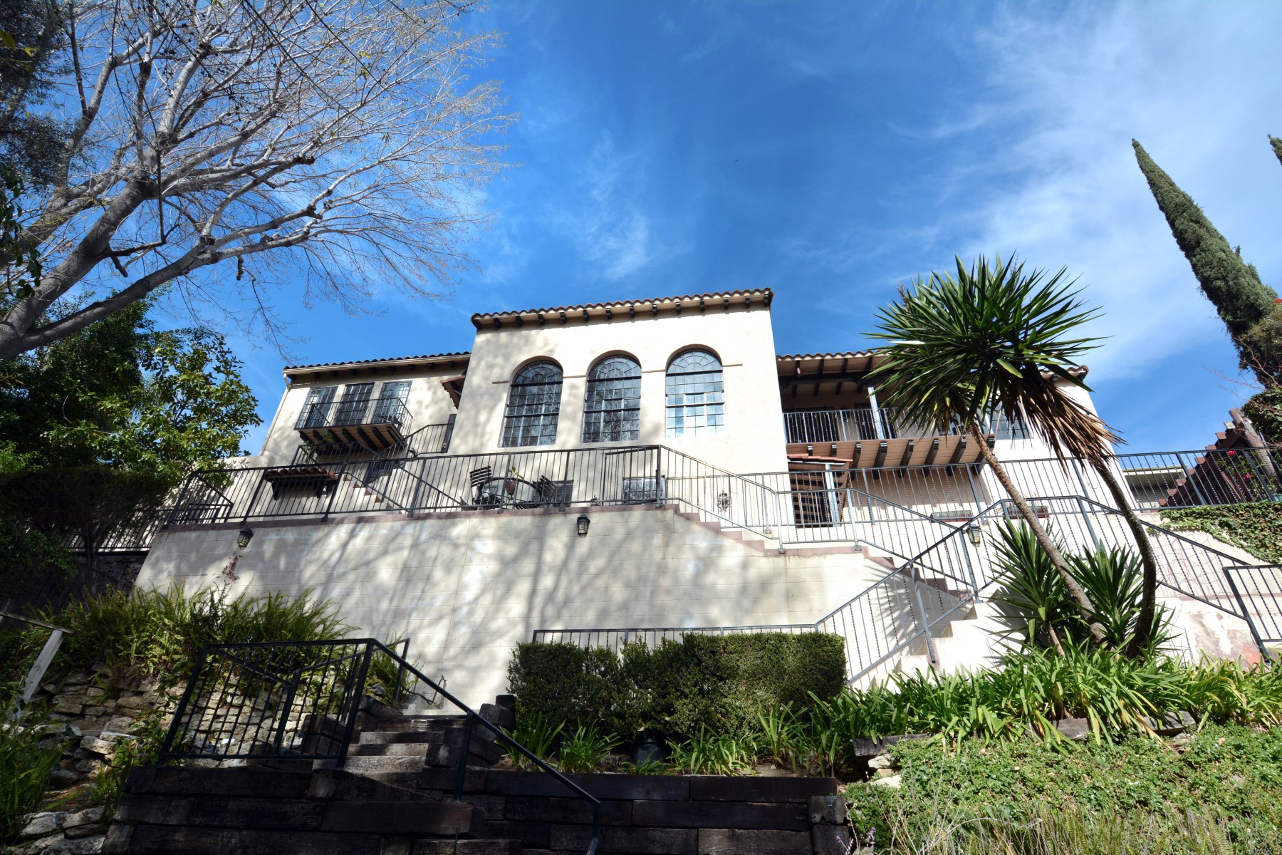 Single Family Home for Sale at 3656 Lowry Road Los Feliz, Los Angeles, California 90027 United States