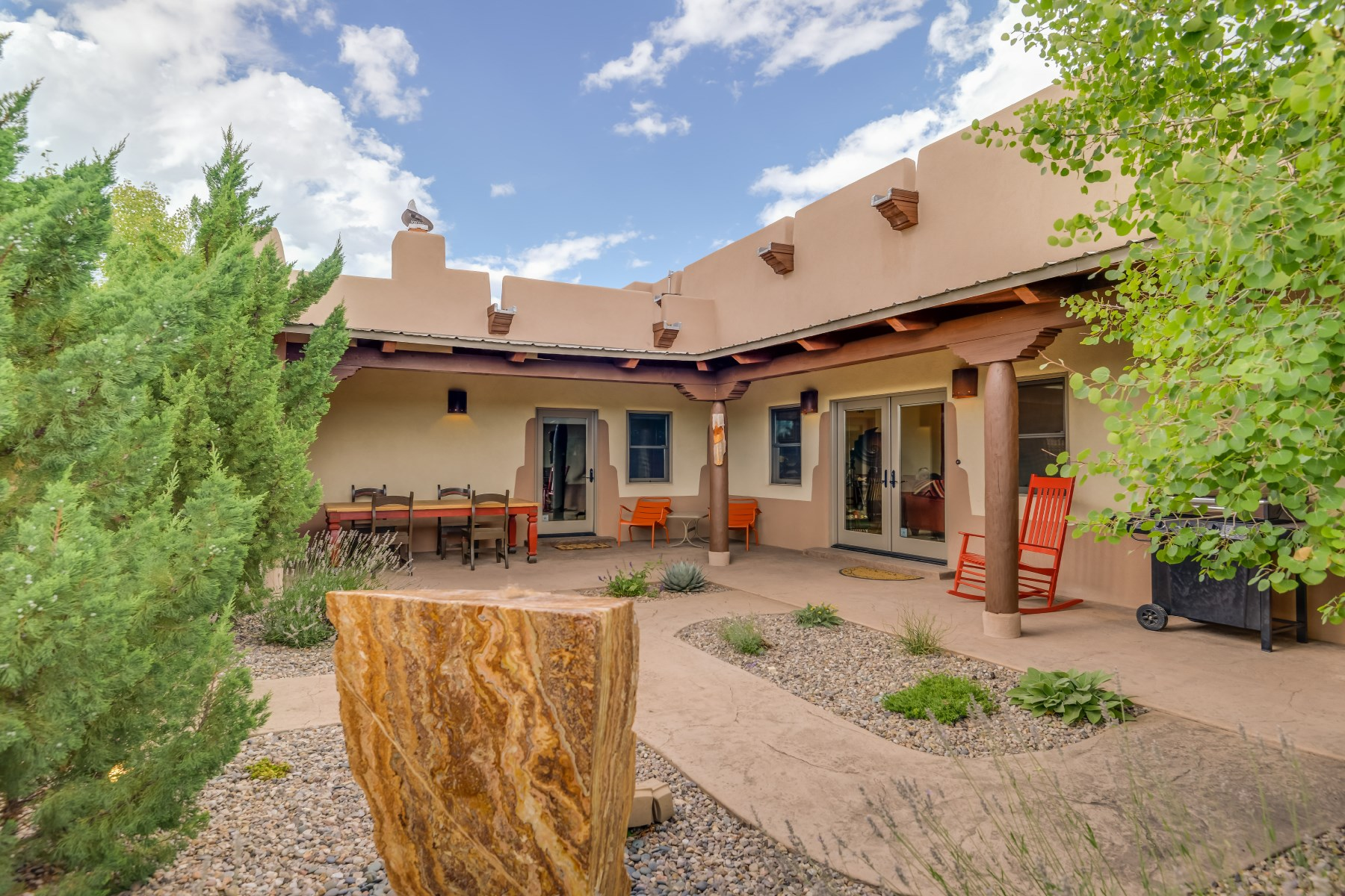 Maison unifamiliale pour l Vente à 1 Altura Vista Santa Fe, New Mexico 87507 États-Unis