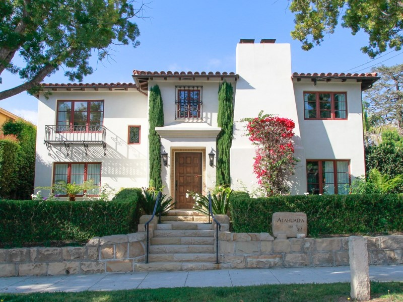 Property For Sale at Elegant Mediterranean-style Urban Villa