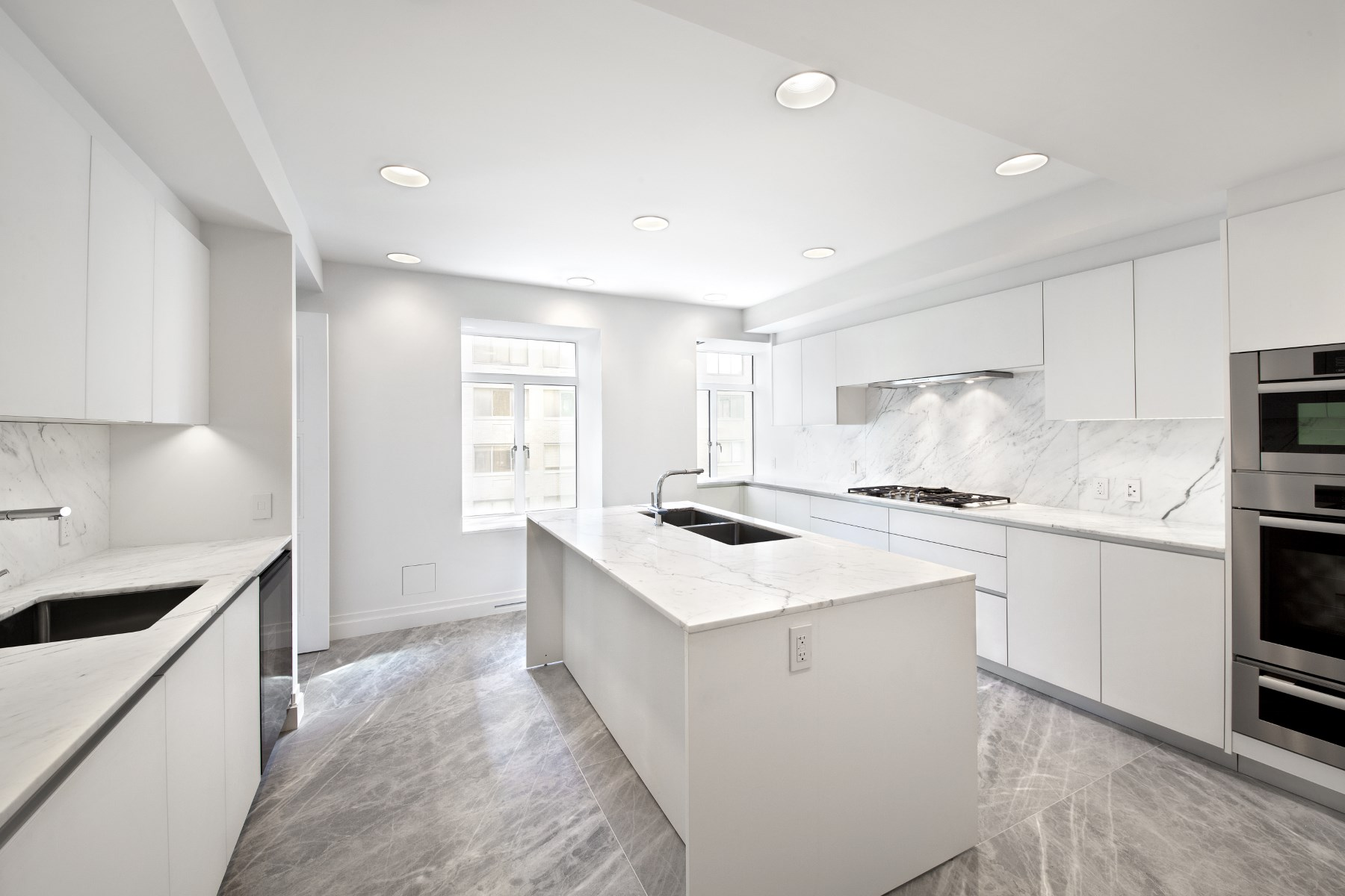 Condominium for Rent at Luxury Rental - Park Avenue Gold Coast 737 Park Avenue Apt 9a Upper East Side, New York, New York 10021 United States