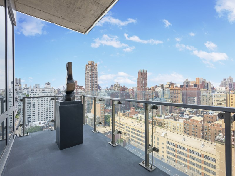 Property For Sale at 255 East 74th Street, Apt 17C