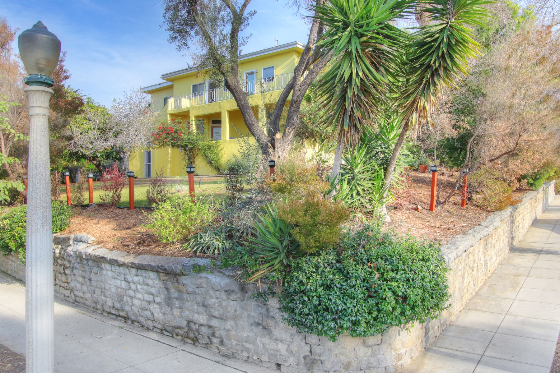 Multi-Family Home for Sale at 1461 Carroll Avenue Silver Lake, Los Angeles, California 90026 United States