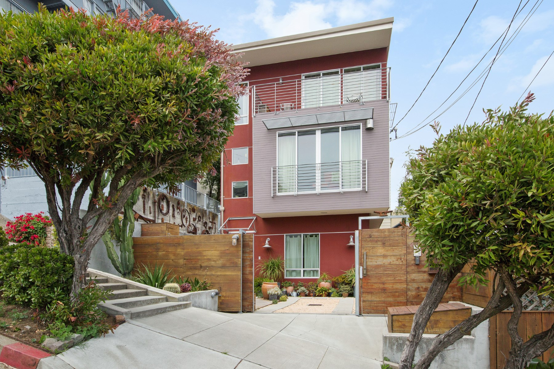 Townhouse for Sale at Modern Tree House 978 Elizabeth St Noe Valley, San Francisco, California, 94114 United States