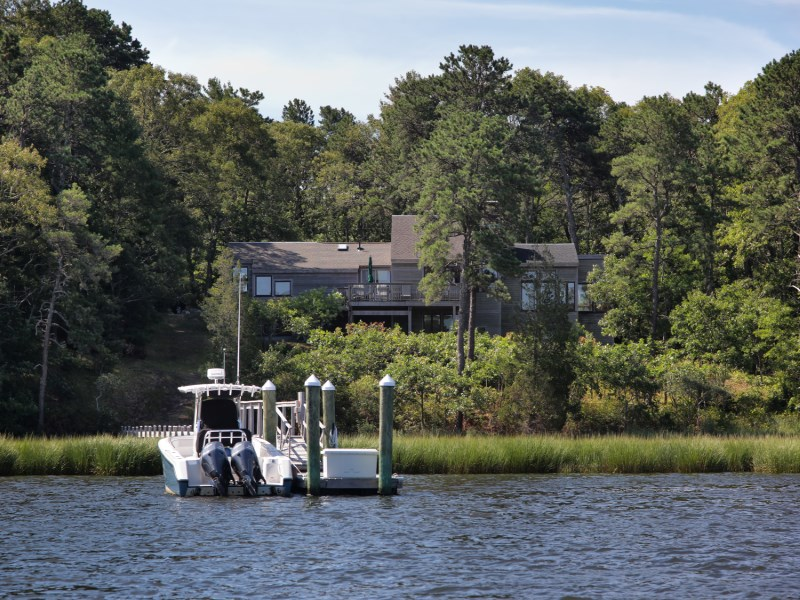 Single Family Home for Sale at Head of the Cove 240 Baxters Neck Road Marstons Mills, Massachusetts 02648 United States