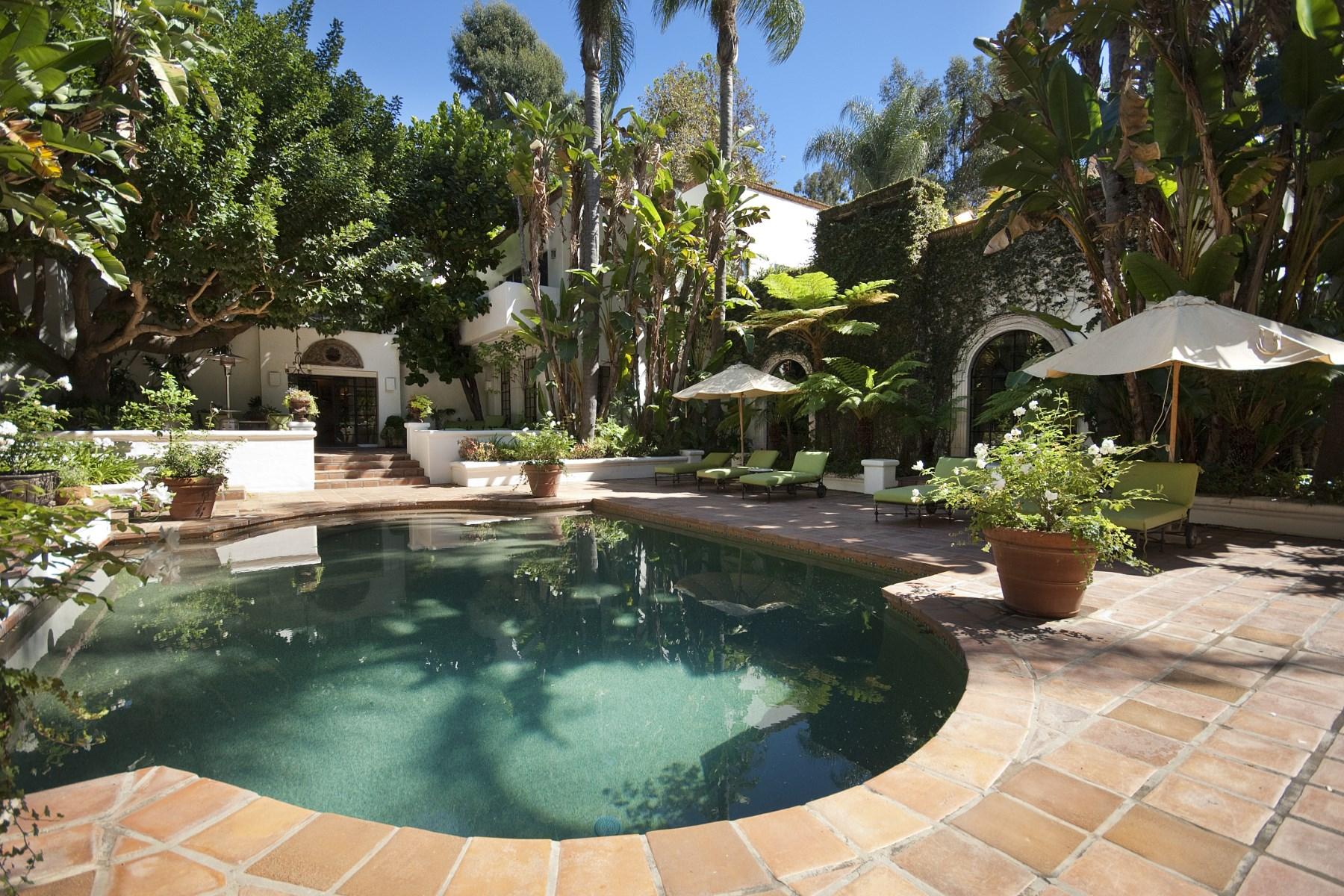 Частный односемейный дом для того Продажа на Serra Retreat Spanish Colonial 23111 Mariposa De Oro Street Malibu, Калифорния, 90265 Соединенные Штаты