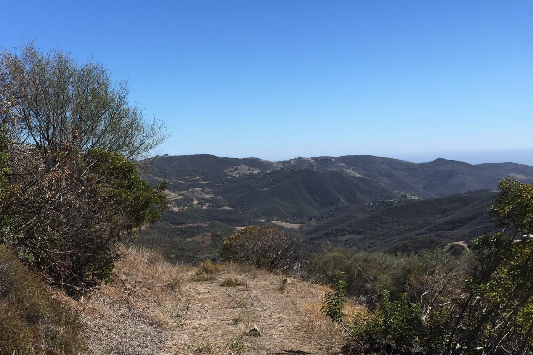 Terreno per Vendita alle ore Top of Hill Views 777 Mipolomol Road Malibu, California, 90265 Stati Uniti