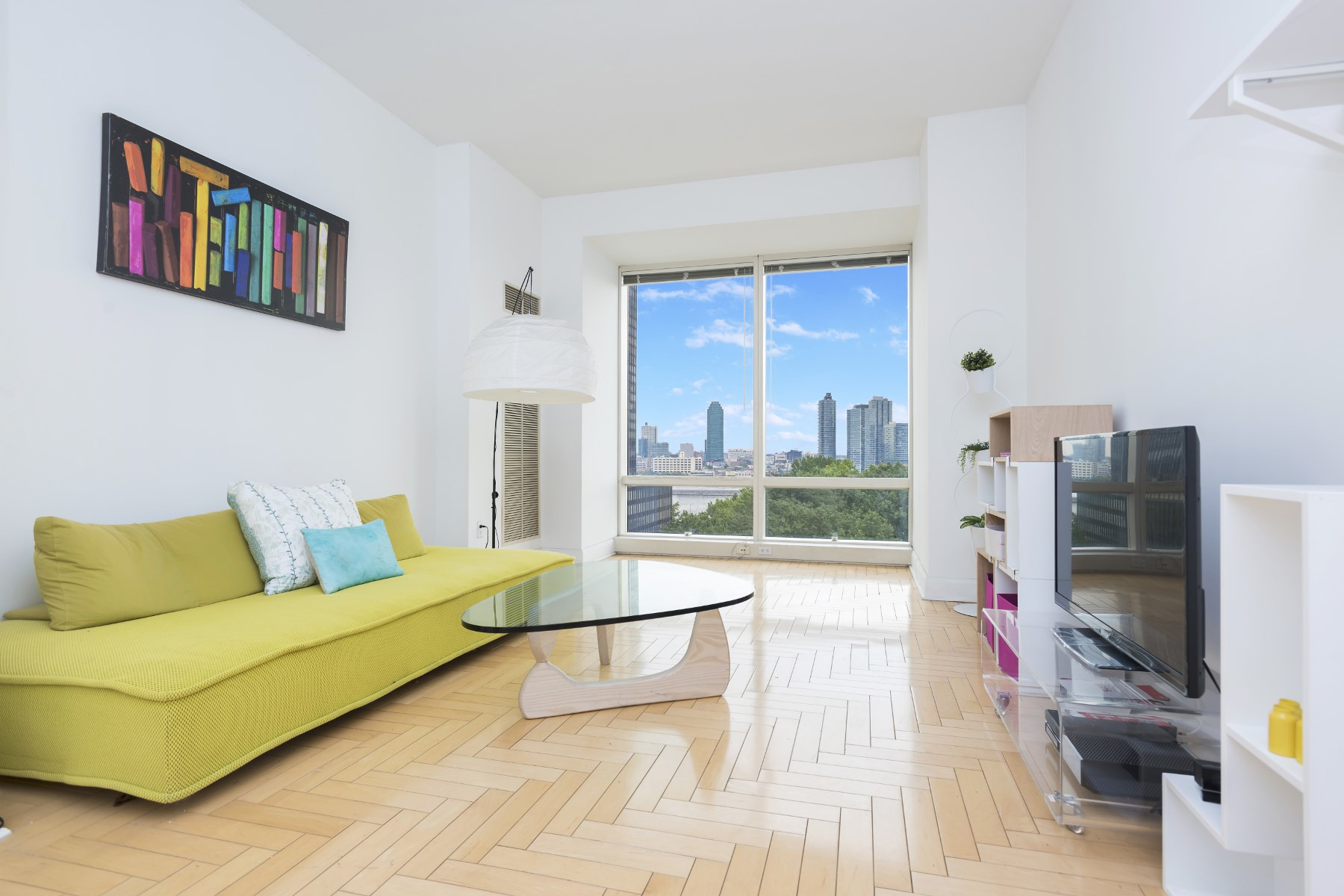 sales property at 845 United Nations Plaza