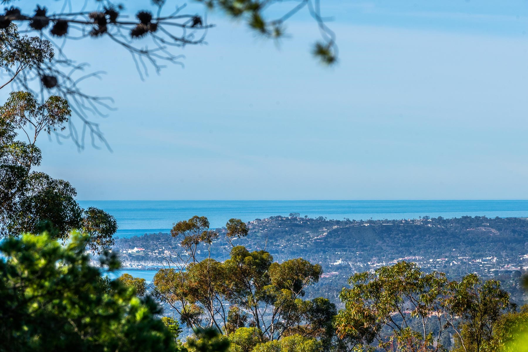 土地 のために 売買 アット Impressive Ocean and Mountain View Lot 885 Toro Canyon Santa Barbara, カリフォルニア 93108 アメリカ合衆国