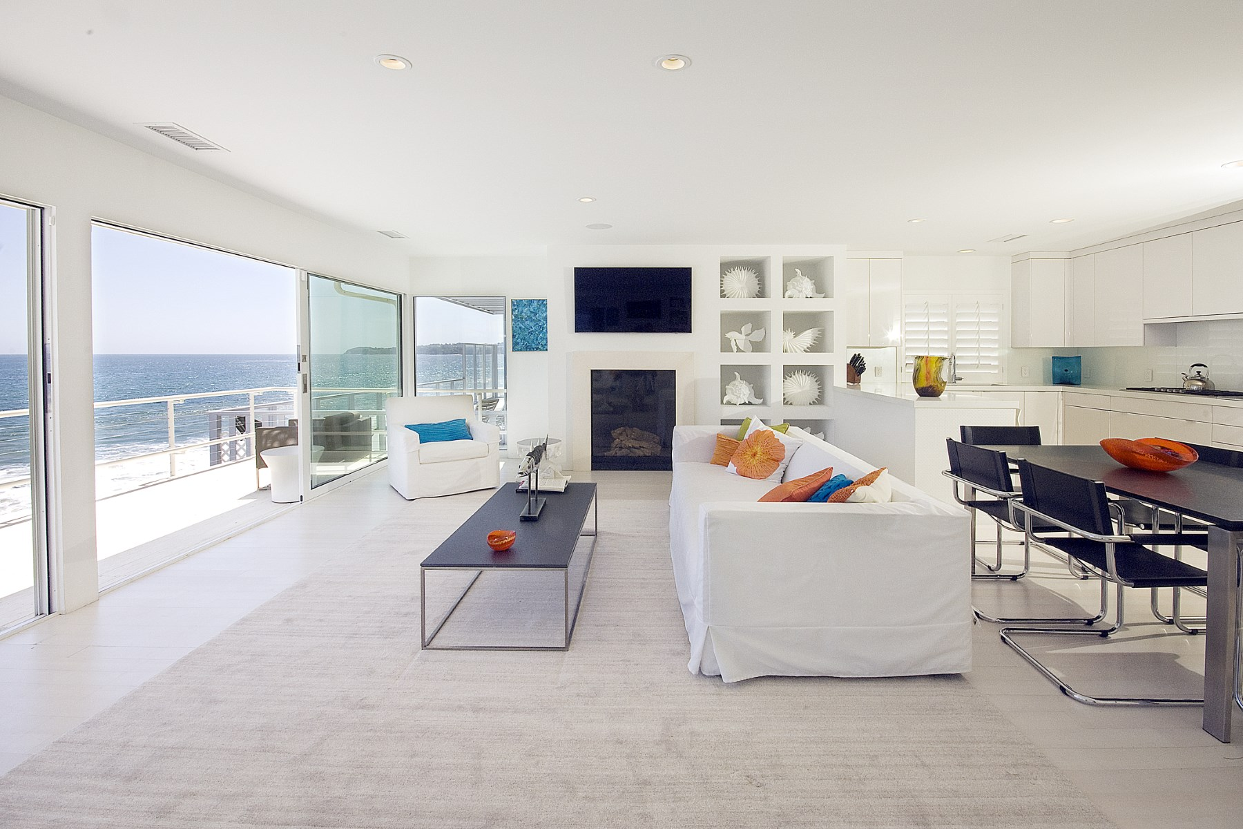 Villa per Affitto alle ore Malibu Cove Colony Lease 26928 Malibu Cove Colony Dr. Malibu, California, 90265 Stati Uniti