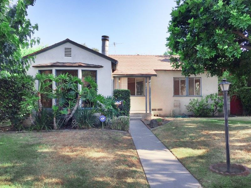 Single Family Home for Sale at Light Fixer in Prime Location 302 West Atara Street Monrovia, California 91016 United States