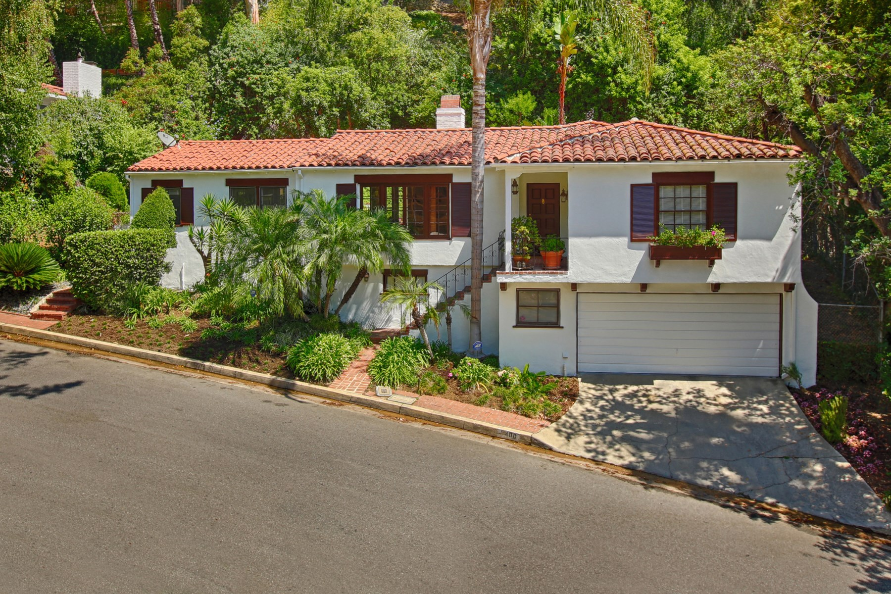 Property Of 1941 Outpost Estates Spanish Style Lease