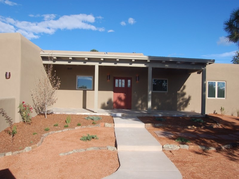 Single Family Home for Sale at 112 Calle Paisano Santa Fe, New Mexico 87505 United States
