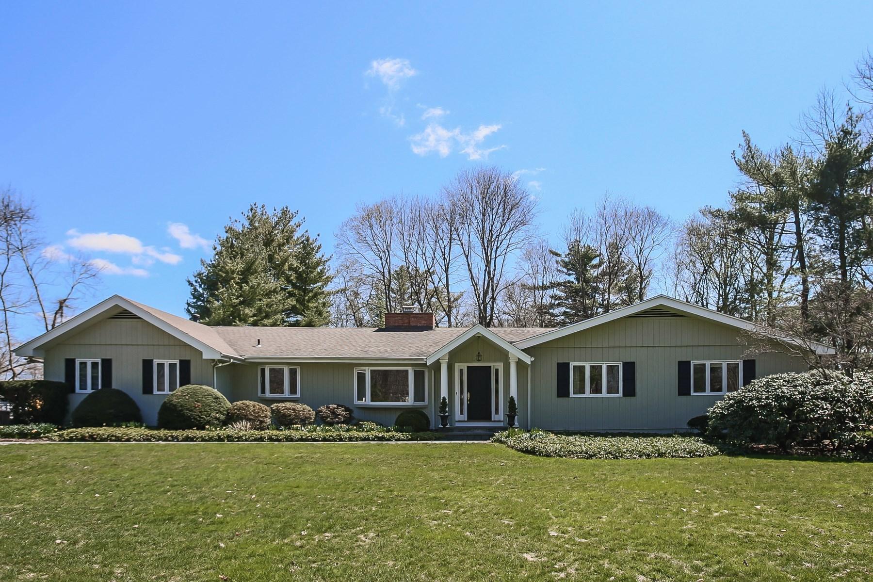 Частный односемейный дом для того Продажа на 25 Turner Drive, Greenwich CT Central Greenwich, Greenwich, Коннектикут, 06831 Соединенные Штаты