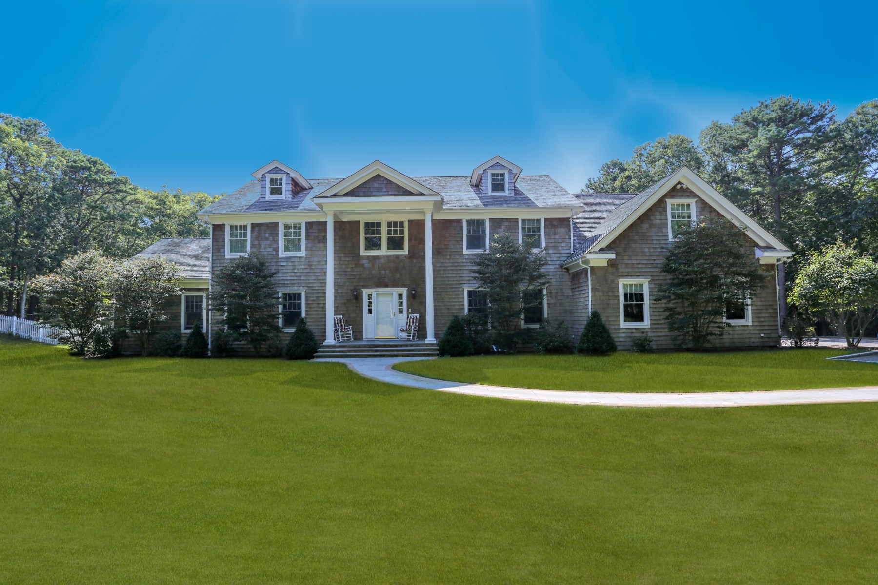 Vivienda unifamiliar por un Venta en Privacy On 5+ Acres In Deer Gate 1457 Deerfield Road Water Mill North, Water Mill, Nueva York, 11976 Estados Unidos