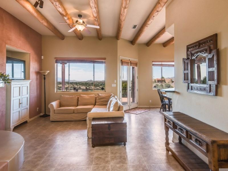 Maison unifamiliale pour l Vente à 7161 Sereno Loop Santa Fe City Southwest, Santa Fe, New Mexico 87508 États-Unis