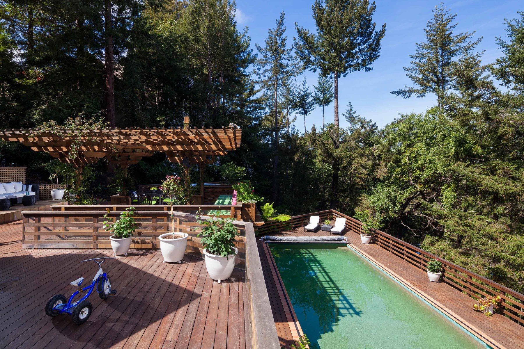 Single Family Home for Sale at In Coveted Kent Woodlands Kentfield, California 94904 United States