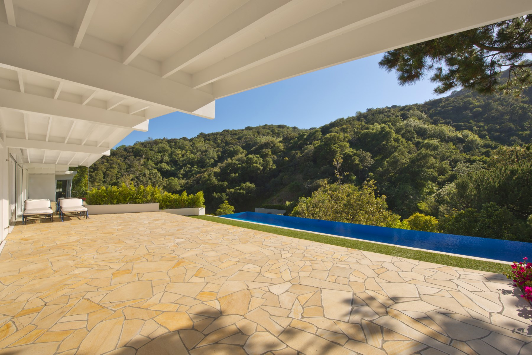 rentals property at Beautiful Beverly Hills Mountain View